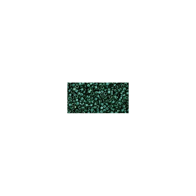 TT-01-118 TRANS-LUSTERED GREEN EMERALD TOHO Treasures 12/0