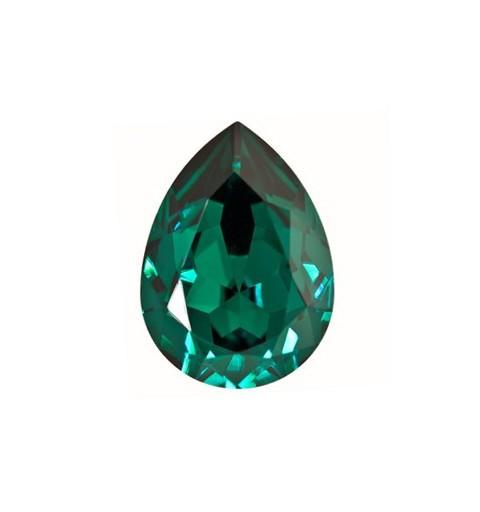 18x13mm Emerald F (205) Pear-Shaped Fancy Stone 4320 Swarovski Elements