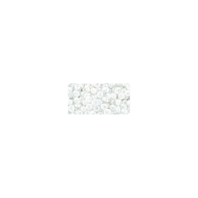 TM-03-141 Ceylon Snowflake magatama