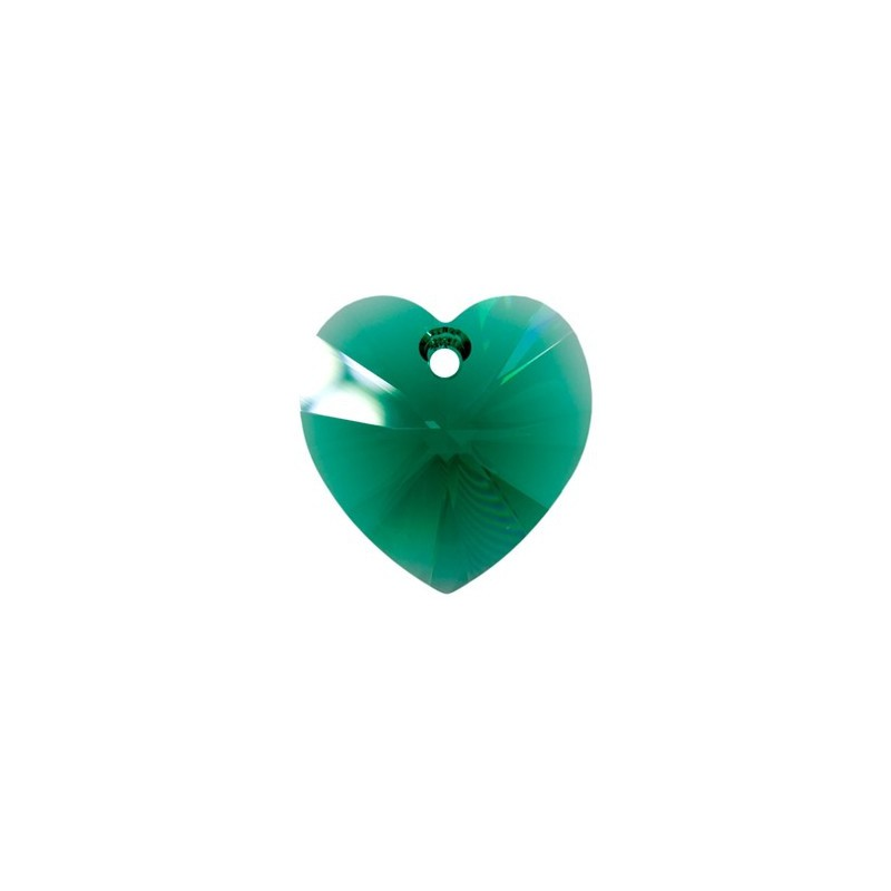 10.3x10MM Emerald (205) XILION Heart Pendants 6228 SWAROVSKI ELEMENTS