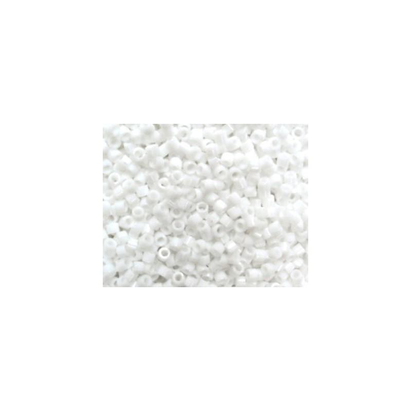 DBM-200 Opaque Chalk White Miyuki DELICA 10/0 seed beads