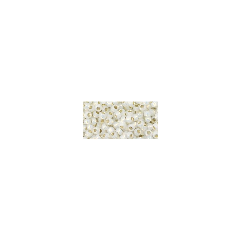TR-08-2100 Silver-Lined Milky White TOHO SEEMNEHELMEID